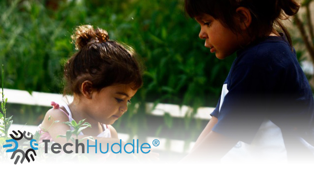 TechHuddle с кампания в помощ на изоставените деца