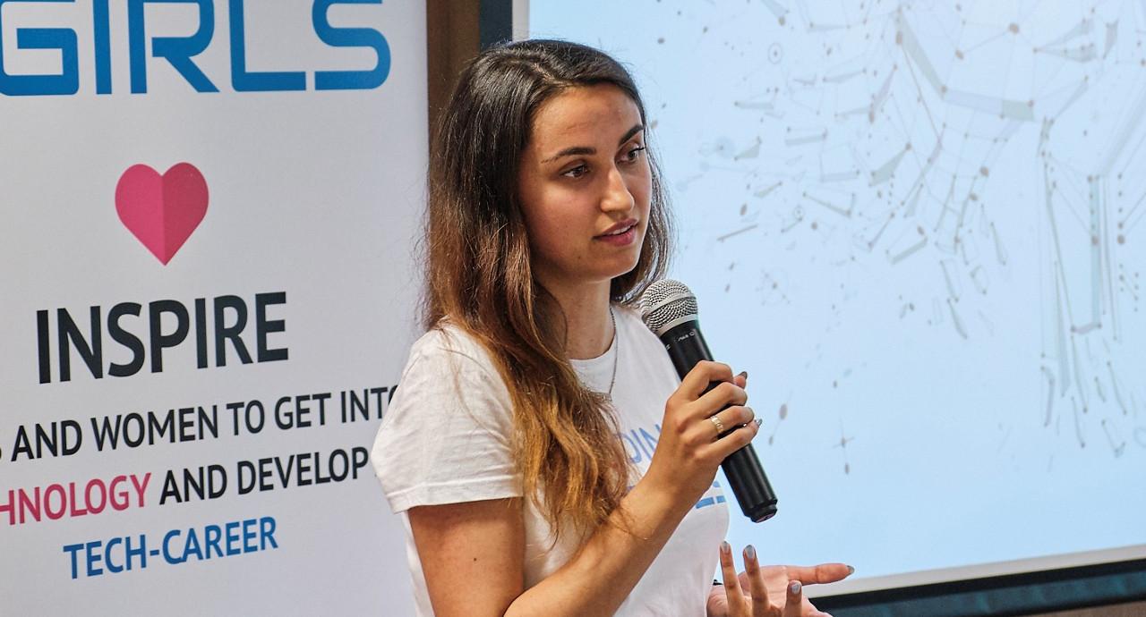 Анна Радуловски: Има решение за всички проблеми на жените в сектора
