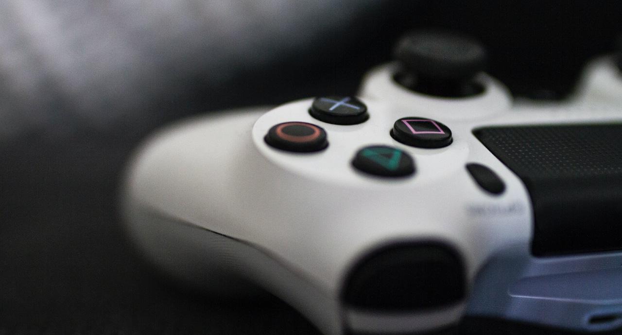 Представиха PS5 с много игри и бездискова версия