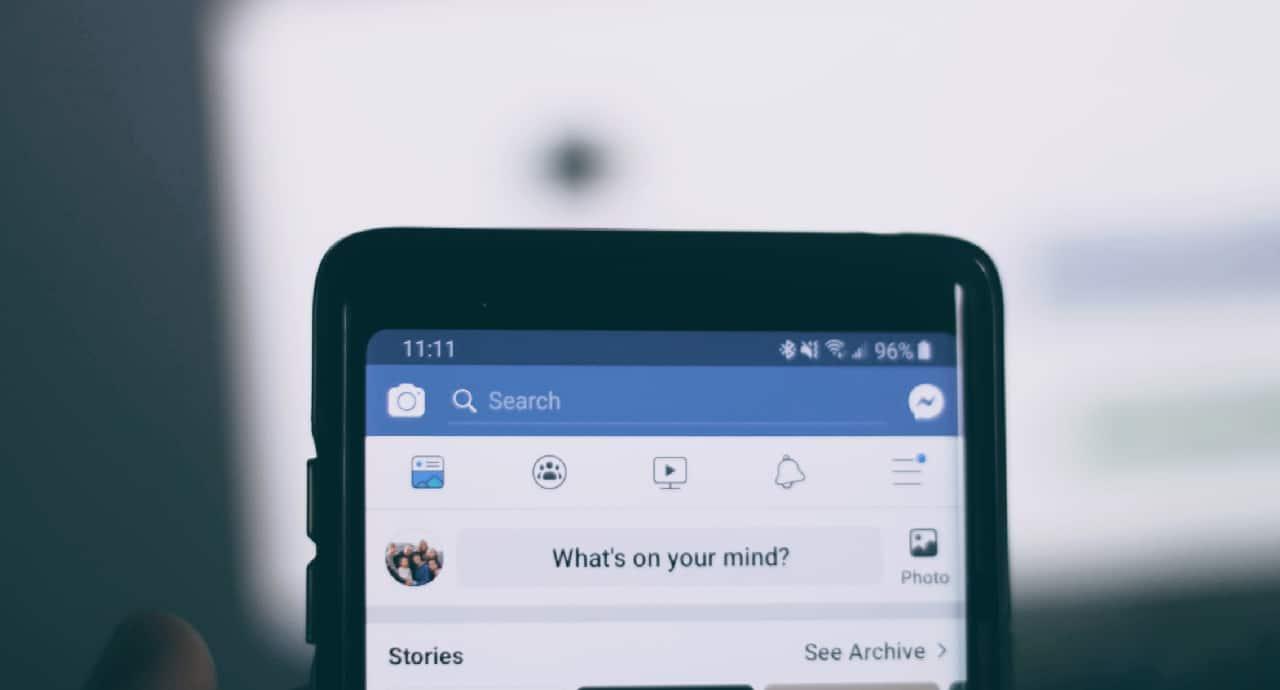 Facebook съди разширения за Chrome, събиращи потребителски данни