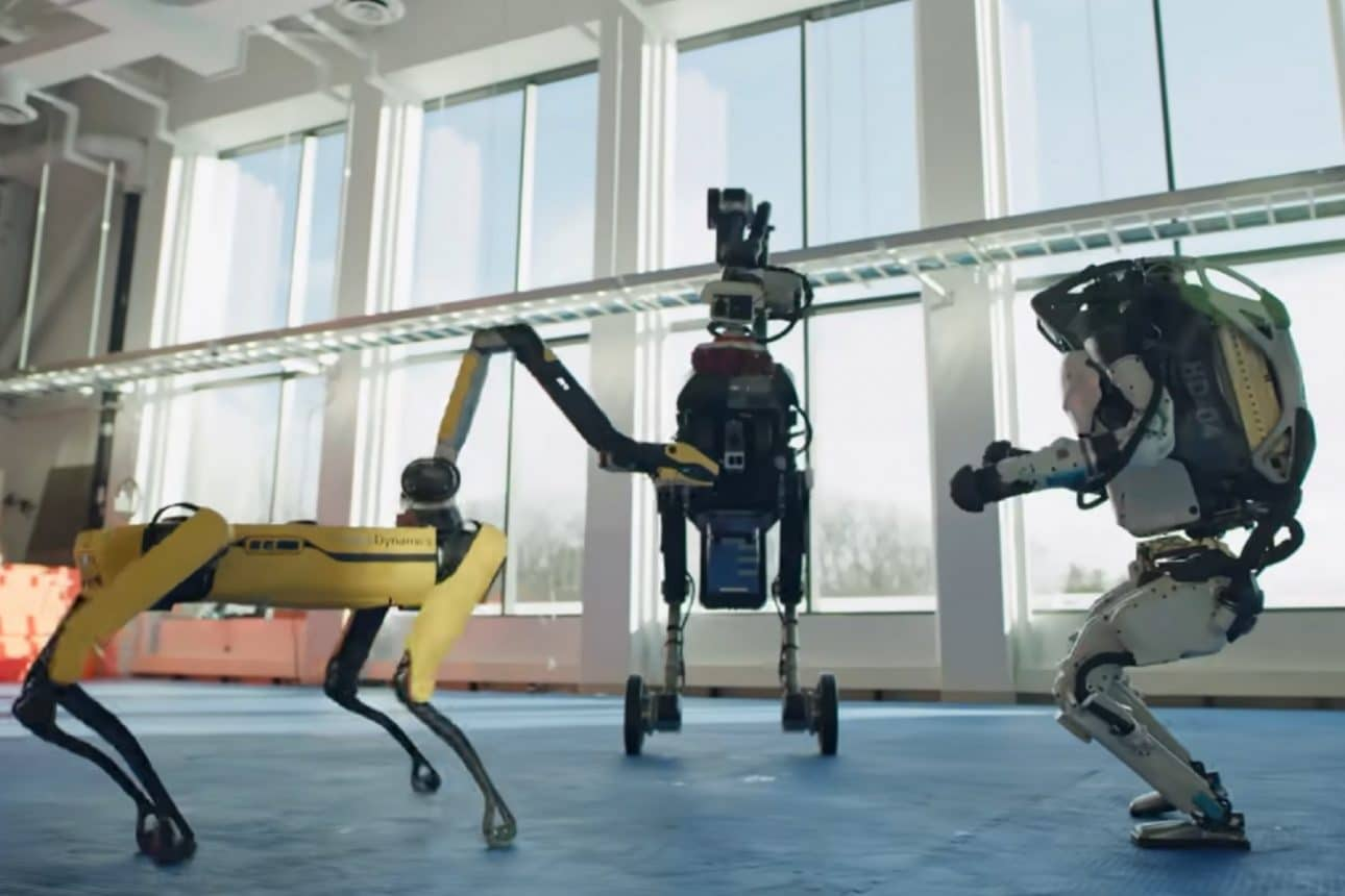 Танцуващите роботи на Boston Dynamics