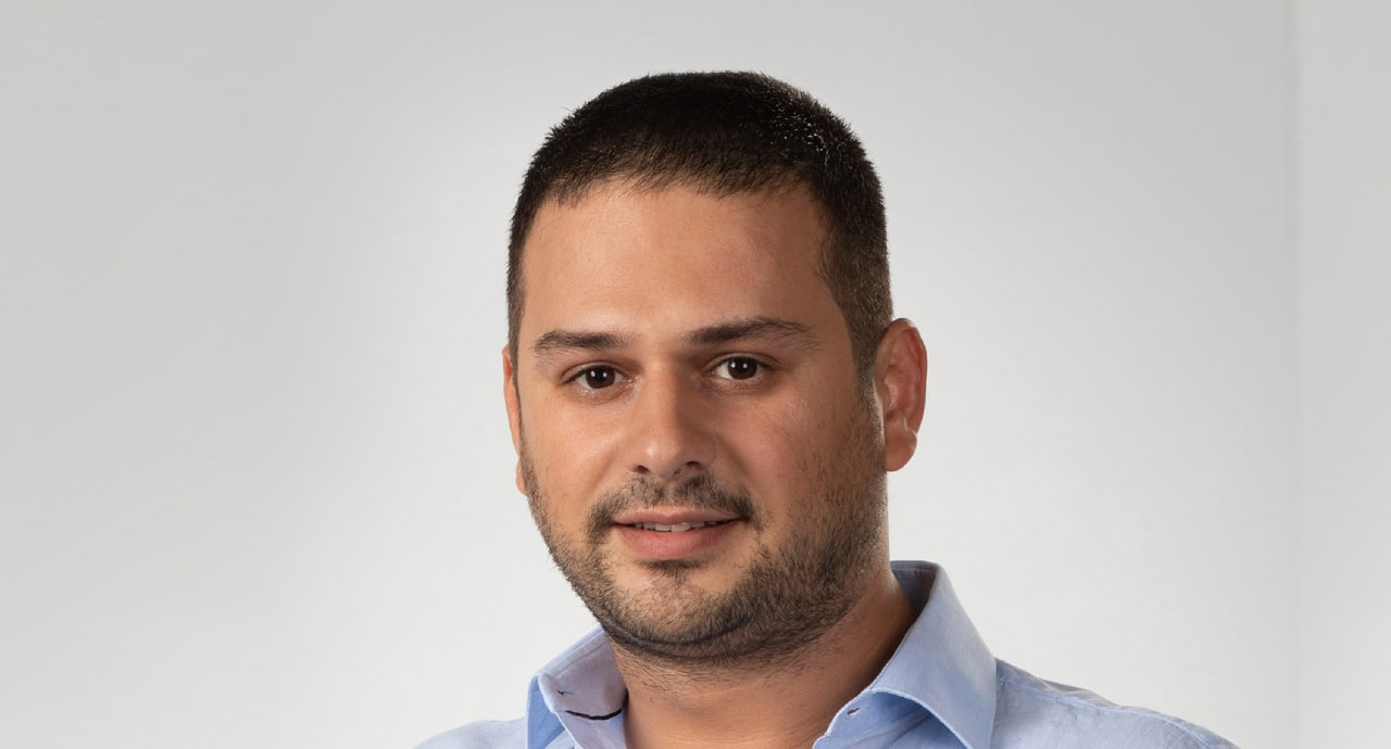Изграждане на комплексни мобилни приложения с Flutter и реактивно програмиране