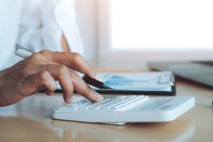 Каква трябва да е средната заплата за Mid-Level специалист?