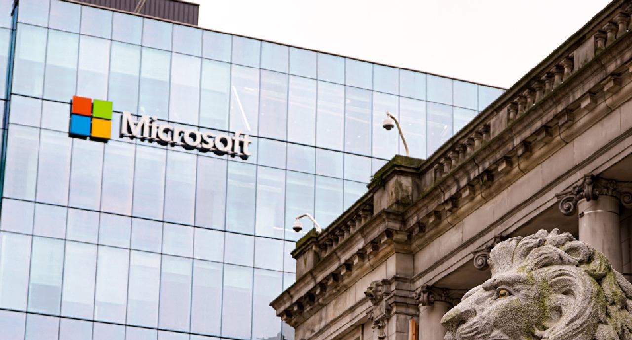 Печалбите на Microsoft скочиха с 47 % през четвъртото тримесечие