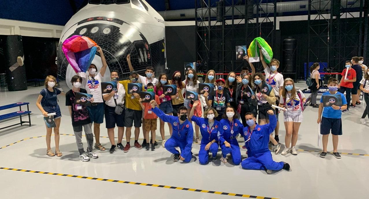 Български ученици с медали в сферата на космическите науки от Space Camp Turkey